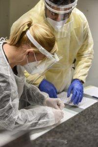 PCR-Test-am-Airport-Weeze-m-glich